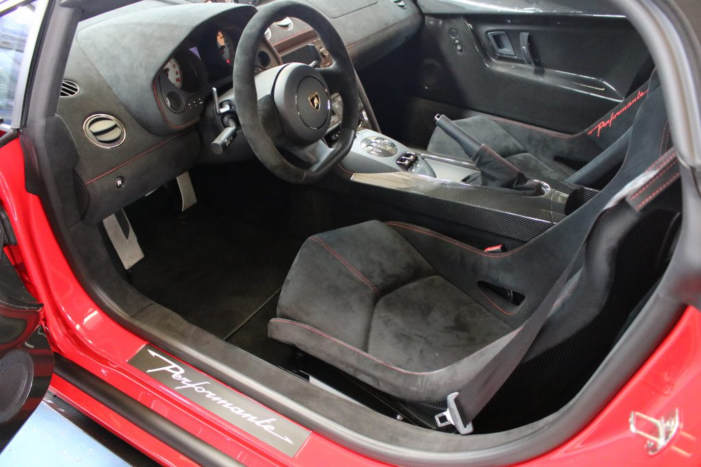 Lamborghini Gallardo LP570- 4 Spyder Performante - interieur
